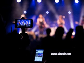 How to Easily Download Facebook Videos Free image